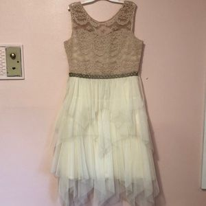 Other - beautiful beige and cream girls' dress with detail